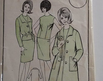 Woman's Realm L125 Sewing Pattern 60's Wardrobe A Line Coat Mac Belted Jacket Vest Top Pencil Straight Skirt Size Medium