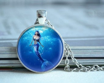 Mermaid necklace,mermaid in ocean necklace,Fairy tale,blue ocean marine glass dome photo pendant,picture jewelry,cabochon gift (XL107)