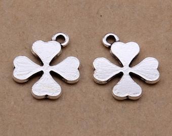 100pcs 15x15mm Antique Silver Four Leaf Clovers Charm Pendants Y6014