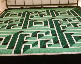 Labyrinth Quilt Etsy