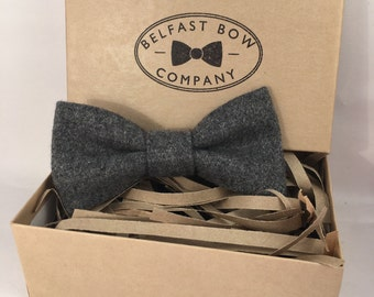 Men's Grey Wool Tweed Bowtie