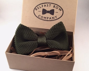 Knitted Bowtie in Green