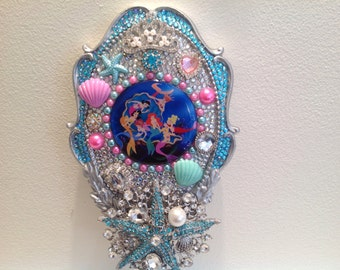 SALE Disney Princess The Daughters of Triton Ariel and Sisters Hand Held Mirror Bling Satrfish