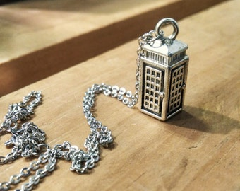 TARDIS Charm Necklace, TARDIS Necklace, Dr Who Necklace, Doctor Who, Police Box Charm, Dr Who Charm, SciFi, Geeky Jewelry, Geekery, TV