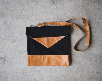 Natural Leather Black Cross-Body Purse