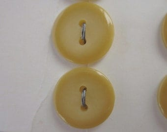 "12 Vintage Butterscotch Yellow Plastic Buttons, Streamline, 9/16"", on 3 Cards"