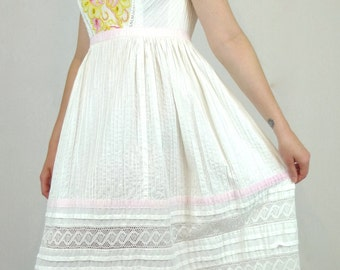 Divine Vintage 70's Embroidered Lace Mexican Wedding Party Dress
