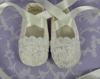 Estelle Christening Booties
