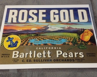 Original Vintage 1940's  Rose Gold Bartlett Pears Crate Label