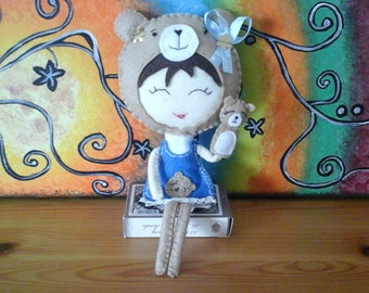 Lady Bear. Felt doll. With a little bear hand puppet. Chibi doll