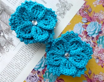 Pair of double-layered 5-petal crochet flower clip (Turquoise)