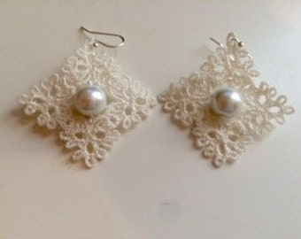 Angled Squares with Pearls