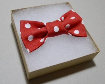 Baby Boy Bow Tie //  Red and White Bow Tie // Polka Dot Bow Tie // Clip on Bow Tie