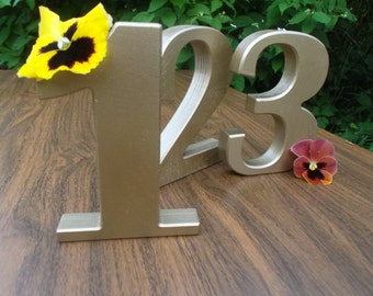 1-15 Gold Numbers, Free standing wooden numbers