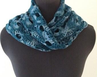 Crochet Triangle Scarf - Ocean Blue Tonal