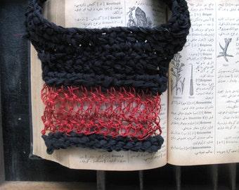 Bib necklace, paper yarn necklace, black silk yarn, red necklace, crochet necklace, chunky necklace