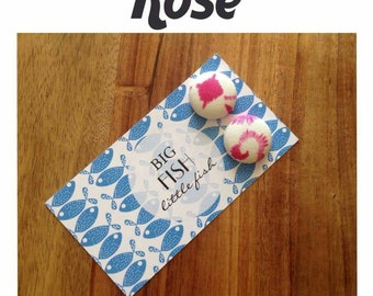 Rose medium  (19mm) button earrings