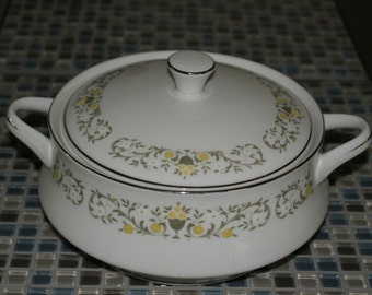 Fine China of Japan, Florentine, Covered Vegetable Dish