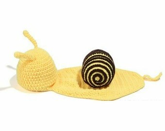 Baby Crochet Outfit / Snail crochet outfit / baby photo prop