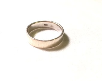 925 sterling silver wedding ring / band