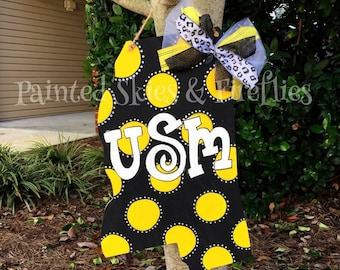 Southern Miss Door Hanger / Mississippi / Football / USM / SMTTT / Monogram / Initial / wreath / decor