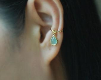 Fake Conch Piercing Ear Cuff with Glass stone ,Cartilage Earring, Fake Body Piercing, Ear cuff, Ear Jacket, Ear Wrap