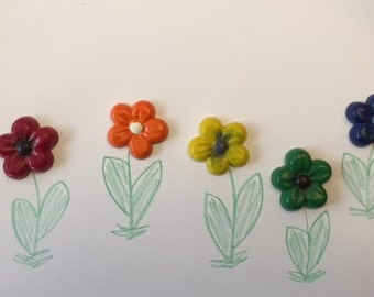 Flower -shaped crayons * Set of 5 pieces * Perfect for Party Favors * Stocking Stuffers * Small Gifts