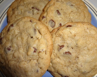 Traditional Homemade Chocolate Chip Cookies With Choice of Nuts (3 Dozen)