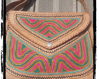 Hippie chic leather bag