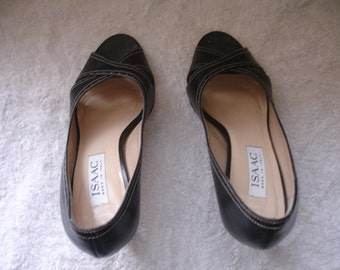 Beautiful Vintage shoes Isaac Mizzrahi made in Italy 7 B