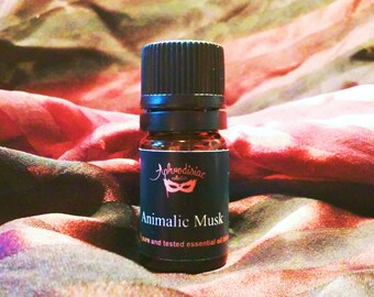 Animalic musk essential oil blend