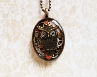 Steampunk resin owl and gear pendant