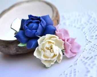 Flower floral hair clip. Wedding hair clip. Bridal hair accessory. Wedding hydrangea peony gardenia hair clip. Polymer clay flowers