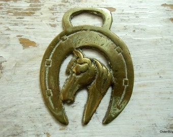 LUCKY Horseshoe Brass with Horse vintage brass horsebrass horse shoe paperweight decorative Collectible antique wall decor A00/059