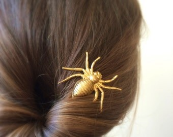 Spider hair pin gold Spider bobby pin Spider hair clip halloween hair pin halloween costume hair pin gothic hair pin goth hair pin steampunk