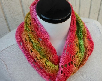 Small mobius cowl