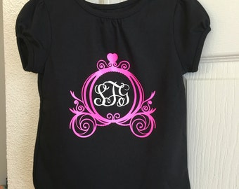 Monogrammed princess carriage T
