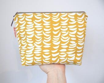 Large zip pouch, Nappy bag, Wet wipes pouch, diaper pouch, wet bag, sponge bag, travel zip pouch, New mum gift