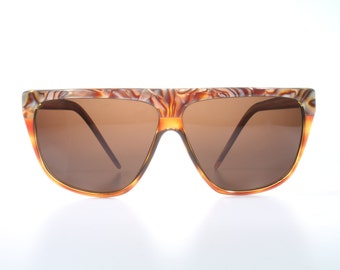 Vintage Laura Biagiotti P7  oversize sunglasses / translucent amber frames / made in Italiy