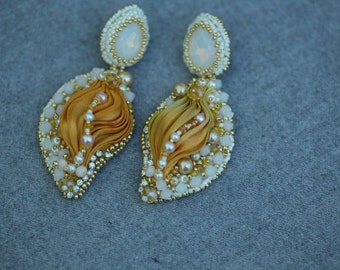 Gorgeous Lightweight earrings with  silk ribbon