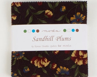 "Sandhill Plums by Kansas Troubles Quilters, 42- 5""x 5"" Charm Pack Precut Quilting Fabric"
