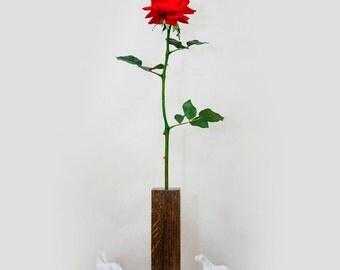 Red Georgia Rose Lamp