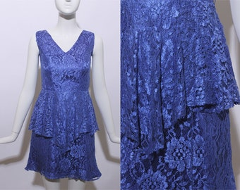 80s cobalt blue lace peplum mini dress floral tiered sleeveless fitted glam bright solid color bombshell v-neck flower fishnet body con XS S