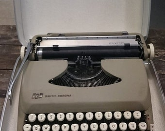 Vintage Grey Smith Corona Typewriter