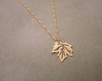 Gold Leaf Necklace, Leaf Necklace, Gold Leaf, Leaf Jewelry, Gold Necklace, Pendant Necklace, Jewellery, Gold Pendant, Canada Necklace