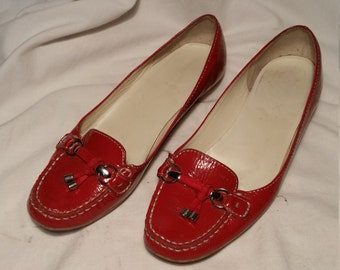 Vintage 1990's Red Patent Leather Women's Loafers - Brand: GEOX