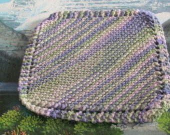 0427 Hand knit dish cloth 7.5 by 7.5