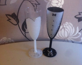 bride, groom and bridesmaids glasses