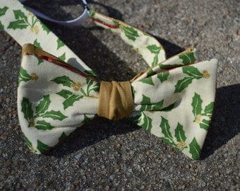Golden Holly Bow Tie