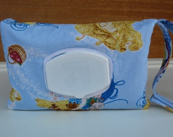 Snow White Print Easy Wipe Access Diaper Clutch